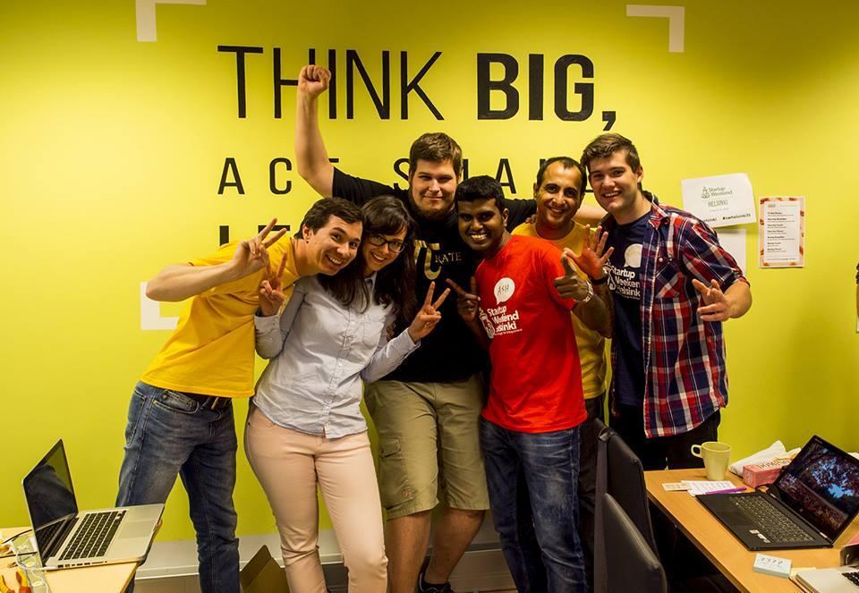 Pascal Werner (3. v. l.) mit anderen Teilnehmern beim Startup Weekend Helsinki